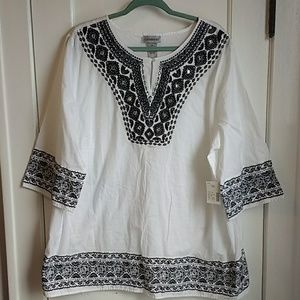 NWT! Catherine's PLUS top